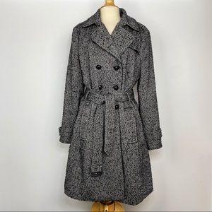 Banana Republic black & white classic trench coat